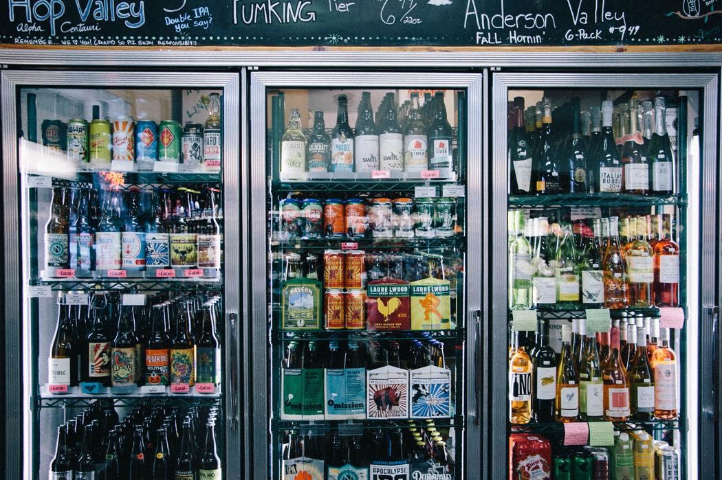 クラフトビールの棚