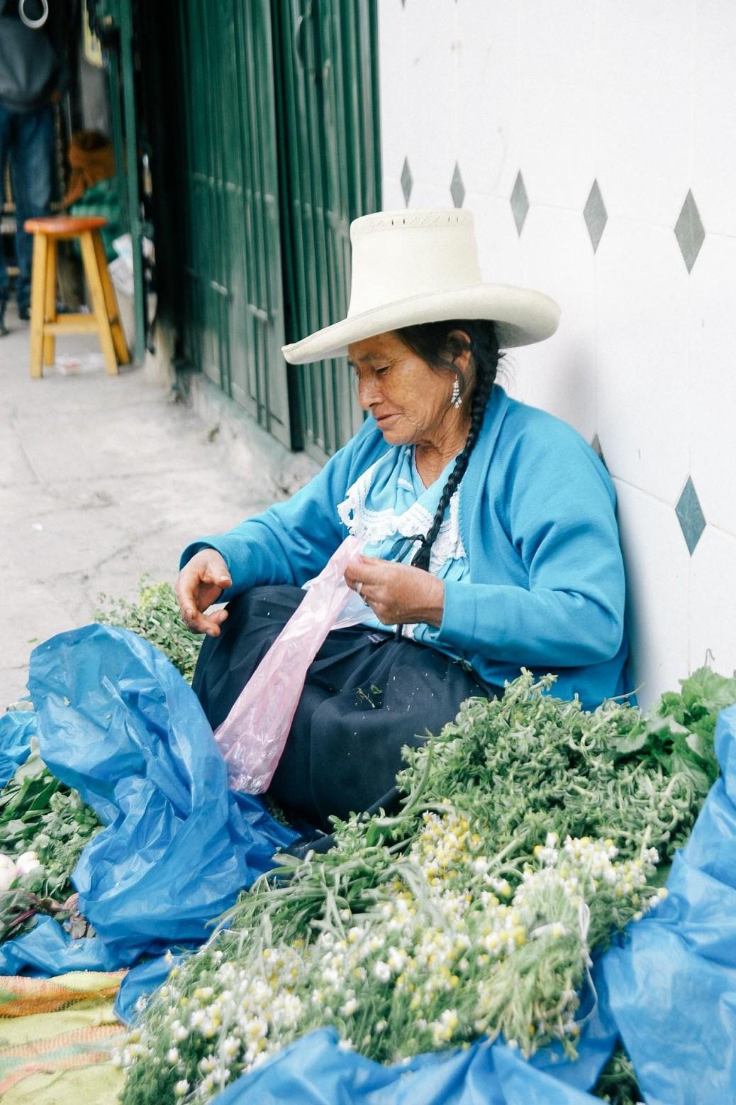 ペルーでは生のハーブがわさわさと売られている これを煮出してお茶にして飲む